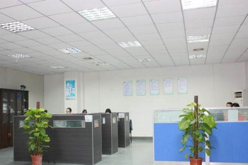 公司办公室.jpg